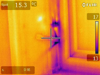 Green Footsteps thermal image air ingress at window installation