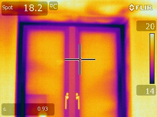Green FootstepsSelf-build door thermal image